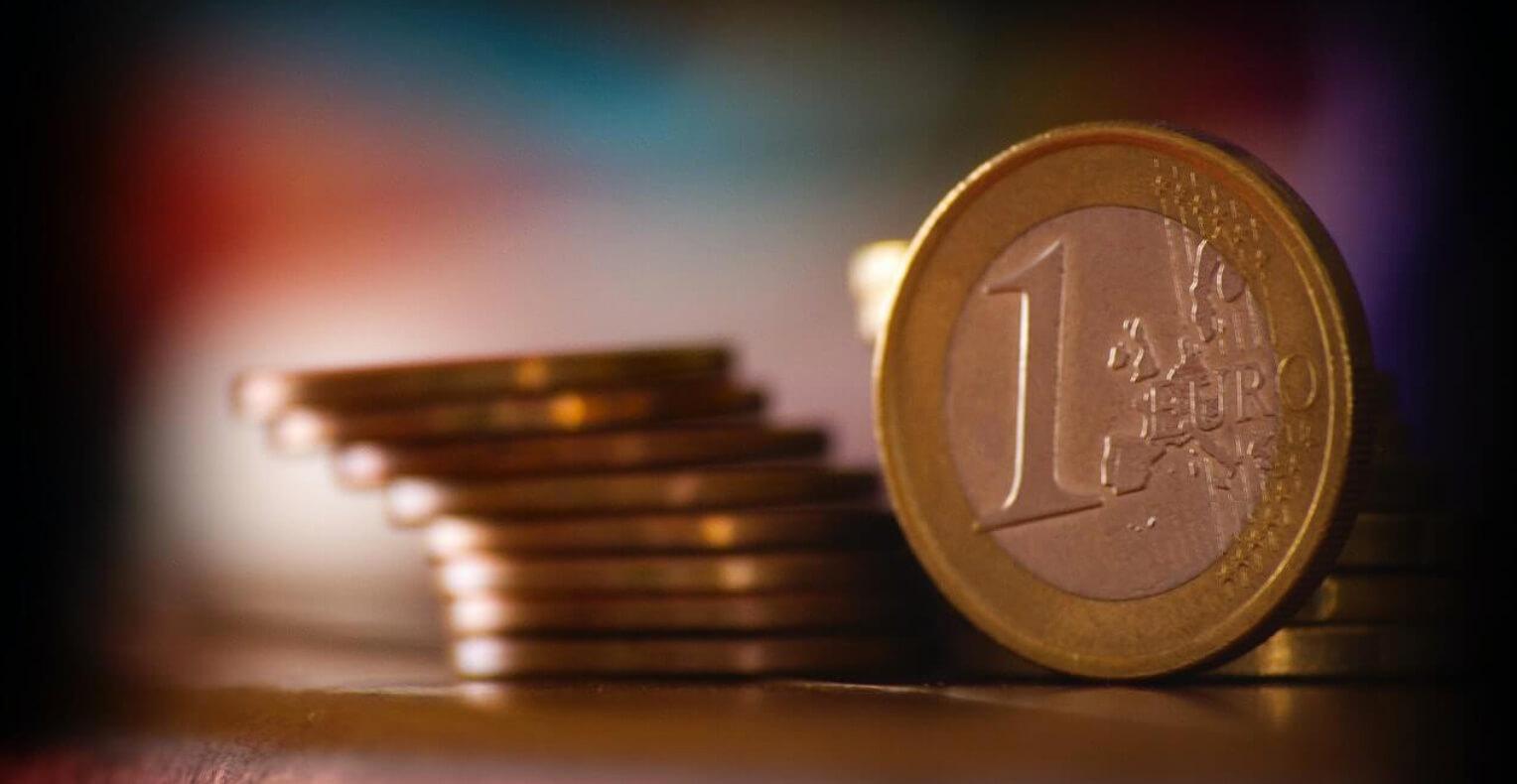 Comment gagner de l'argent avec une banque en ligne?