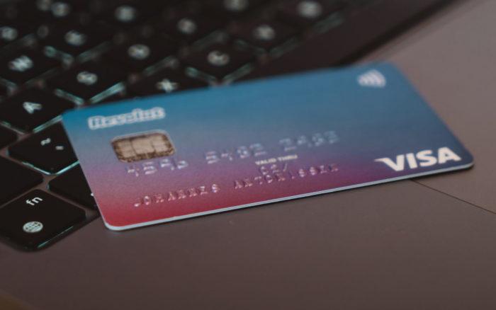 Comment avoir une carte bancaire internationale en 5 minutes ? (avec Revolut)