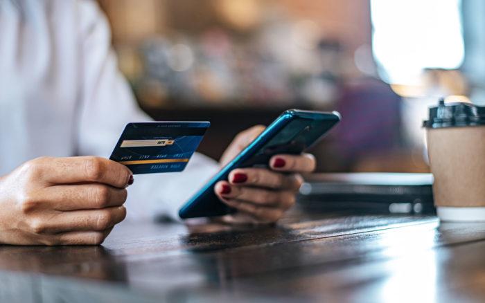 Quelles plateformes de paiement utiliser ? (Stripe, Paypal...)